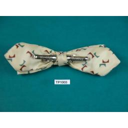 Vintage Cream, Claret & Green Repeat Pattern Arrow End Clip On Bow Tie