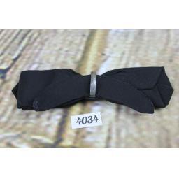 Vintage Classic Black Grosgrain Arrow End Clip On Bow Tie