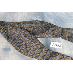 Vintage 100% Silk Grey Black & Burnt Orange Patterned Self Tie Arrow End Bow Tie