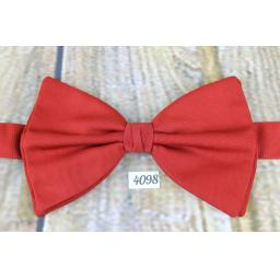 Vintage 1970s Large, Red, Pre-tied Adjustable Bow Tie