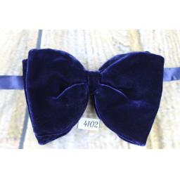 Vintage 1970s Classic Navy Velvet Pre-Tied Bow Tie One Size Fits All