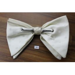Vintage Ivory, Jacquard Spot Large Clip On Drop Bow Tie
