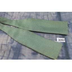 Vintage Keys 100% Silk Self Tie Straight End Bow Tie Green & Cream Polka Dot Pattern
