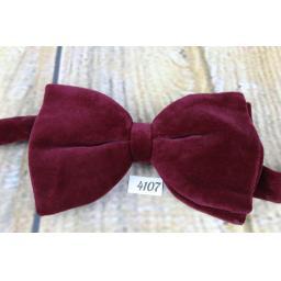 Vintage 1970s Burgundy Velvet Pre-Tied Bow Tie Adjustable