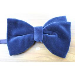 Vintage 1970s Pre-Tied Bow Tie Royal Blue Velvet Adjustable Collar Size