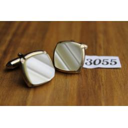 Vintage Rippled Pearly Lucite Cuff Links