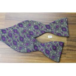 Vintage Dralon Self Tie Bow Tie Straight End Thistle Purple Paisley