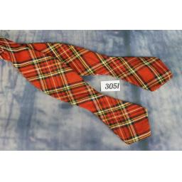 Vintage Red & Green Plaid Tartan Self Tie Arrow End Thistle Bow Tie