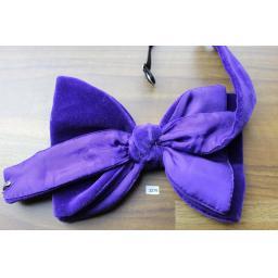 Vintage 1970s Pre-Tied Bow Tie Purple Velvet Adjustable Collar Size