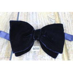Vintage 1970s Dark Navy Velvet Pre-Tied Bow Tie One Size Fits All