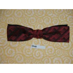 Vintage Clip On Bow Tie Red/Black Pattern