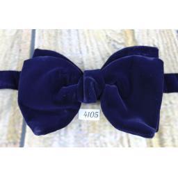 Vintage 1970s Classic Navy Velvet Pre-Tied Bow Tie One Size