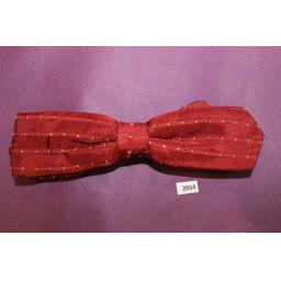 Vintage Western Cowboy Burgundy and Fine Spot Skinny Arrow End Self Tied Bow Tie