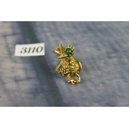 Vintage Unusual Gold Metal Fancy Bird With Green Gem Eye Tie Pin