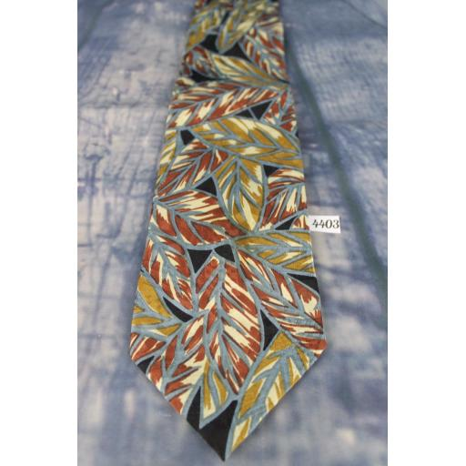 "Secours All Silk Soft Feel Autumn Leaves Pattern 4"" Wide Tie"