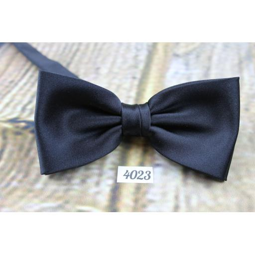 Black Satin Pre-tied adjustable Classic Black Bowtie