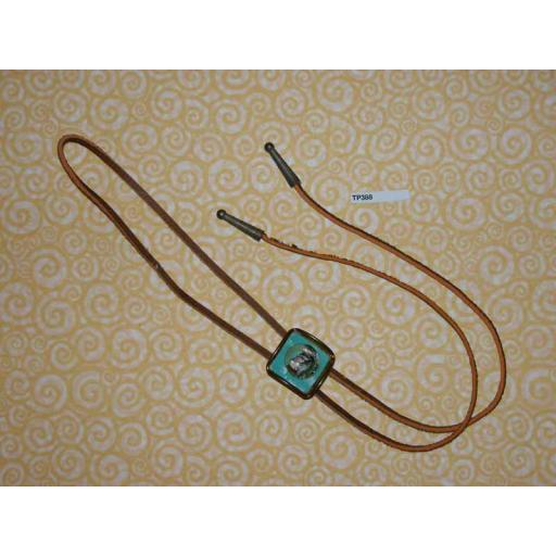 Western/Cowboy Bolo Tie Vintage Mount Rushmore Toggle and Ends