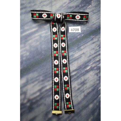 Vintage Style New Navajo Red White Black Green Skinny Clip On Western/Cowboy/Kentucky Bow Tie