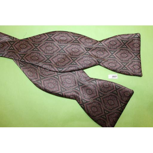 Vintage BeauTies LTD 100% Silk Self Tie Straight End Thistle Self Tie Bow Tie Mauve, Grey & Green