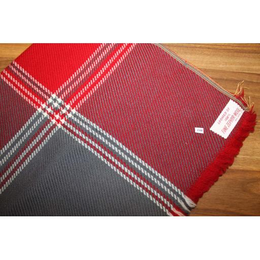 Vintage Mens 100% Zephyr Wool Plaid Tartan Fringed Scarf Burgundy Grey Retro Mod