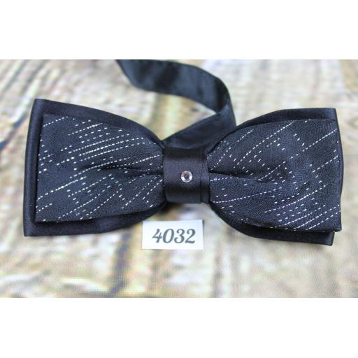 Bling Diamante & Sparkly With Satin Double Layer Pre-Tied Party Bow Tie Adjustable to Fit All Collar Sizes