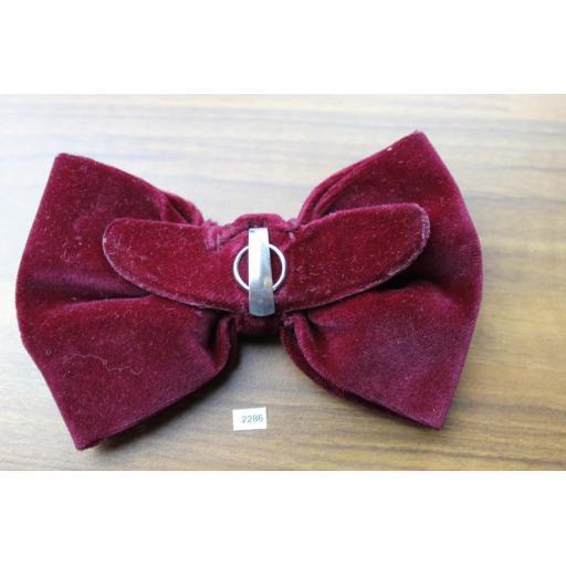 Vintage 1970s Pre-Tied Clip On Bow Tie Burgundy Velvet Adjustable Collar Size