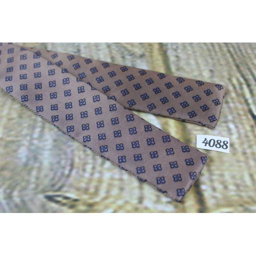 Vintage Self Tie Straight End Paddle Bow Tie