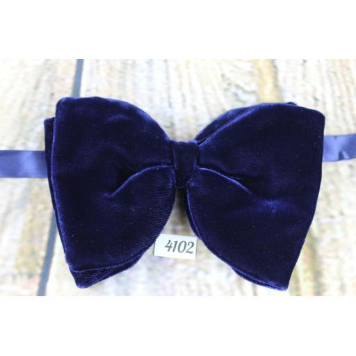 Vintage Fabulous Black Satin Pre-tied Adjustable Bow Tie