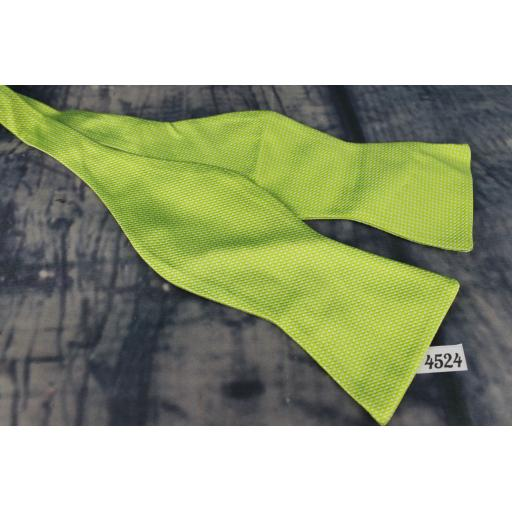 Superb Tommy Hilfiger Bright Green Self Tie Square End Thistle Bow Tie