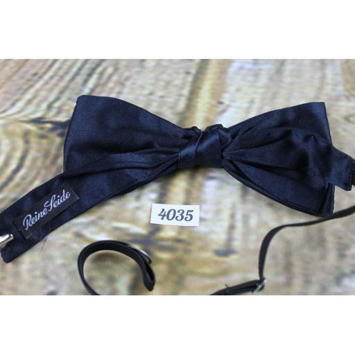 Vintage 100 % Silk Navy Pre-Tied Bow Tie Adjustable to Fit All Collar Sizes