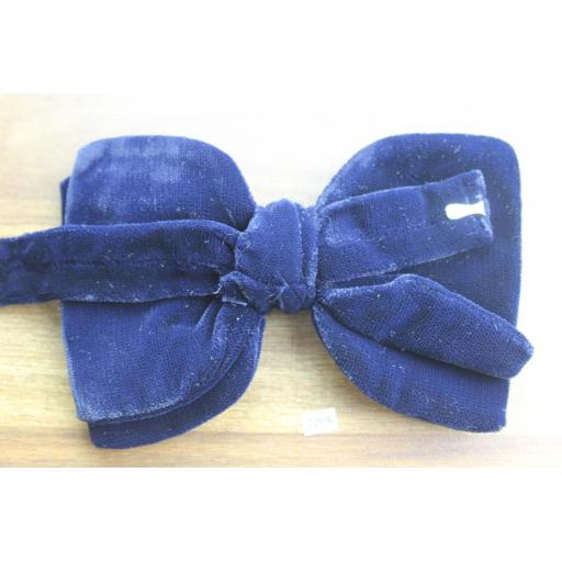 Vintage 1970s Pre-Tied Bow Tie Navy Velvet Double Bow Adjustable Collar Size