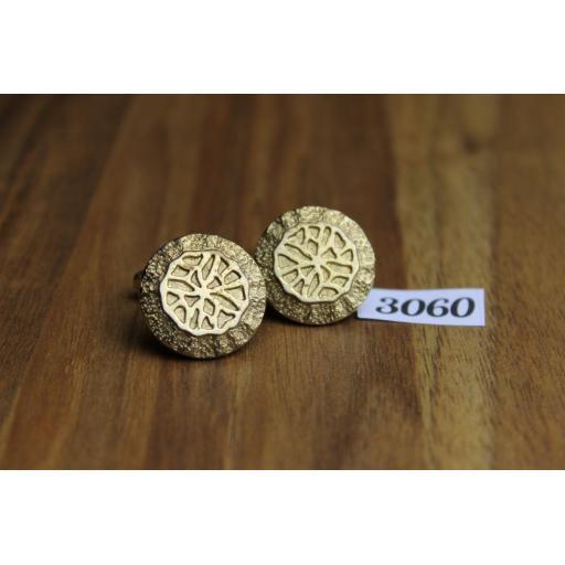 Unusual Vintage Large Gold Metal Round Embossed Cuff Links