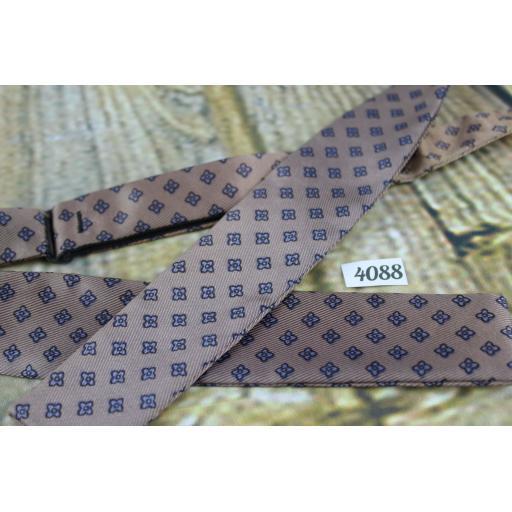 Vintage Self Tie Straight End Paddle Bow Tie