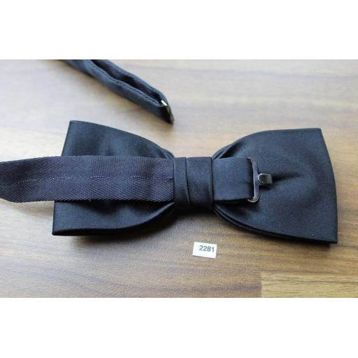 Vintage Pre-Tied Quality Classic Bow Tie Black Satin Adjustable Collar