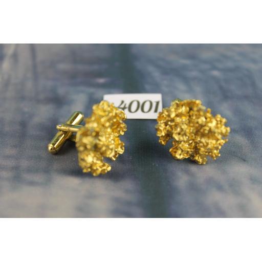 Unusual Gold Metal Vintage Cufflinks