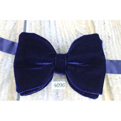 Vintage 1970s Dark Navy Velvet Pre-Tied Bow Tie