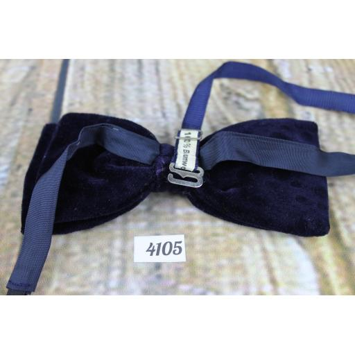 Vintage 1970s Dark Navy Spotty Velvet Pre-Tied Bow Tie One Size Adjustable