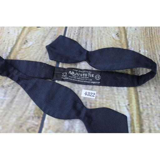 Vintage Classic Navy Ribbed Self Tie Arrow End Thistle Bow Tie
