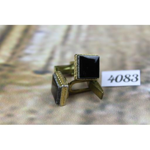 Vintage Beautiful Black Glass Mens Square Decorative Set Cufflinks Excellent Quality
