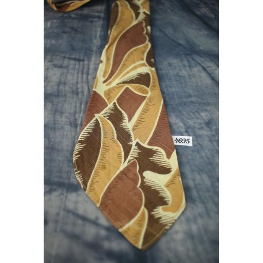 "Superb Vintage Botany Browns Pattern Asymmetric 1940s/1950s Tie 3.5"" Wide"