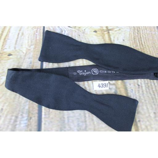 Vintage Trojan Classic Black Self Tie Straight End Thistle Bow Tie