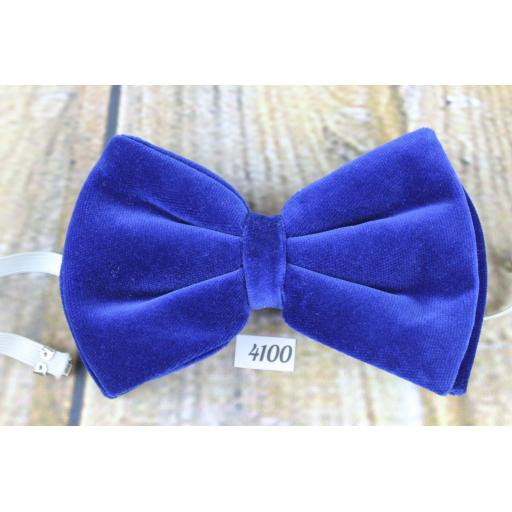 Vintage 1970s Royal Blue Velvet Pre-Tied Bow Tie Adjustable